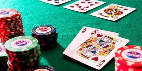 A Guide to Saving Your Poker Bankroll
