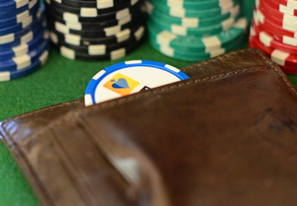 Guide of Playing Poker Online
