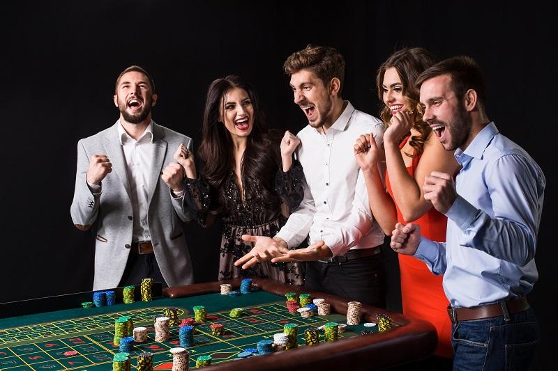 Gambling at Online Casinos