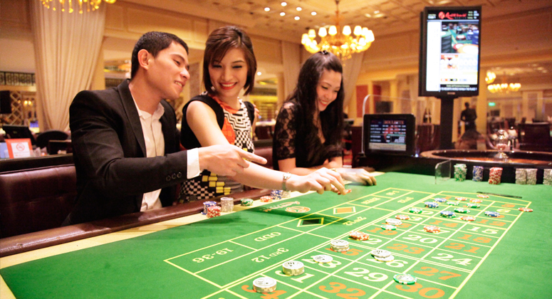 Play Casino Baccarat Online
